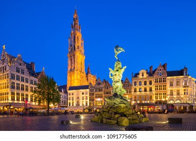 Famous fountain with Statue of Brabo in Grote Markt square in Antwerpen, Belgium.