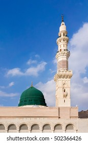 The famous green dome of the Prophet's Mosque in Medina, Saudi Arabia (Masjid Nabawi)