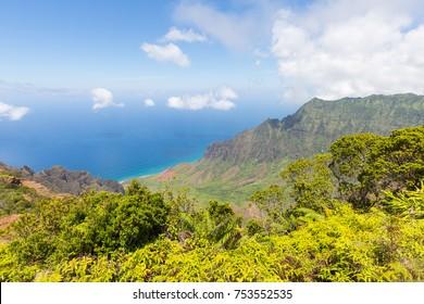 Famous Kalalau Valley Lookout on the hawaiian island Kauai, USA