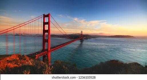 famous landmark bridge in the world
