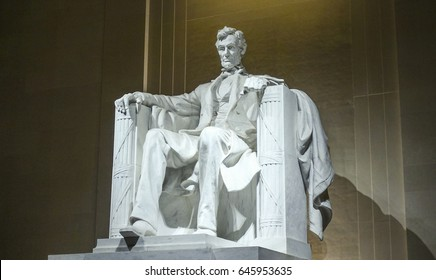 Famous landmark in Washington DC - The Lincoln Memorial