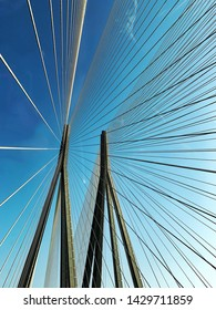 The famous man made marvel, Sea Link in Mumbai that joins 2 major parts of the city in the most beautiful way possible.