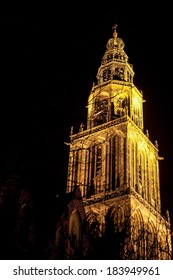 famous martinitower of groningen at night