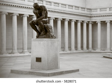 "The famous masterpiece - ""The Thinker"" at the entrance of the Palace of the Legion of Honor in San Francisco."