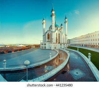 The famous mosque in Russia - Qol Sharif in Kazan town.