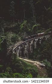 The famous Nine Arch Bridge in Ella city.