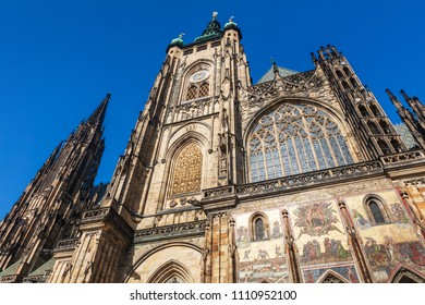 famous Saint Vitus' cathedral in Prague, Prague's castle