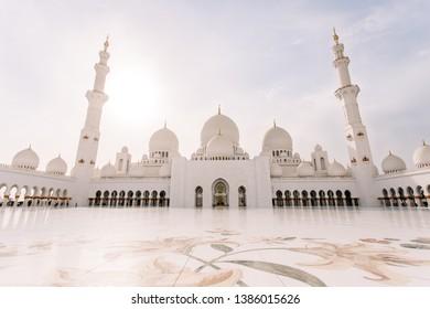 Famous Sheikh Zayed mosque in United Arab Emirates (Abu-Dhabi, UAE)