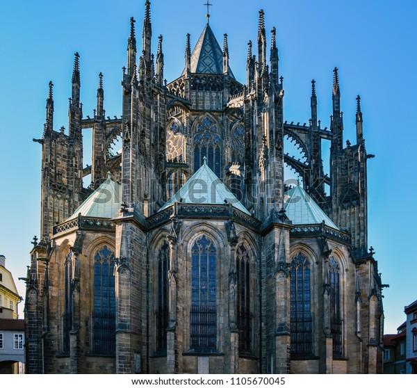 famous-st-vitus-cathedral-prague-600w-11