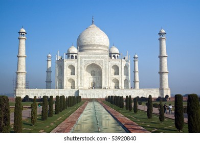 Famous Taj Mahal mausoleum in Agra, India