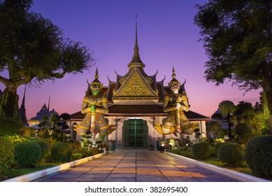 The famous temple Wat Arun Ratchawararam in Bangkok, Thailand