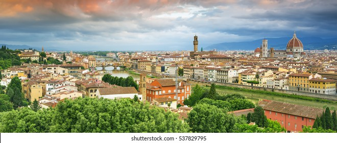 Famous view on Florence and Santa Mariadel Fiore cathedral from the Michelangelo Square (Piazzale Michelangelo) in Florence, Tuscany, Italy.