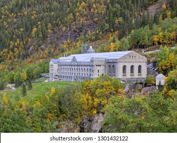 Famous war monumental building of Rjukan / Vemork, where nazi Germany tried to start production of heavy water for their nuclear bomb. Sabotage and some of WW2's most heroic actions took place here.