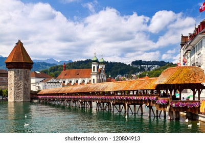 Famous wooden Chapel Bridge in Lucerne, Switzerland