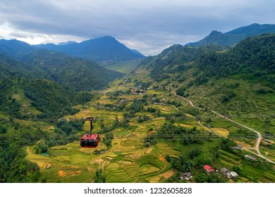 Fansipan Cable Car is the Famous for being the Tallest Cable Car in Indochina which many tourists come to use to climb to Fansipan