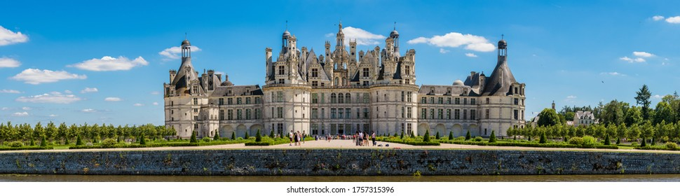 Fantastic Panorama of Chambord French Castle Color Colorful High Resolution Château de Chambord Loire Châteaux Renaissance Architecture Wide Hunting Lodge King Francis I