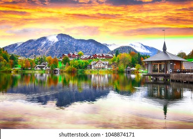 Fantastic views of the lake at sunset. Mirror reflection. Dramatic and picturesque scene. Location: resort Grundlsee, Liezen District of Styria, Austria, Alps.
