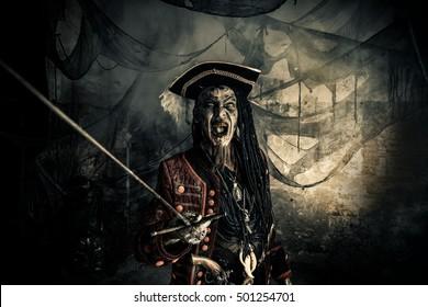 Skulls Ring With Red Gem Pirate Fancy Dress Buccaneer Sailor Jack Blackbeard