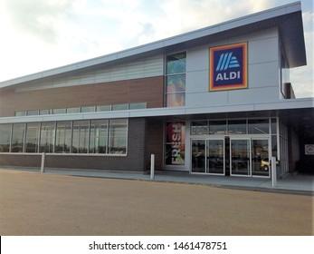 Fargo North Dakota /USA - July 25 , 2019 , Main Entrance Aldi grocery store. Aldi is a global discount supermarket chain based in Germany