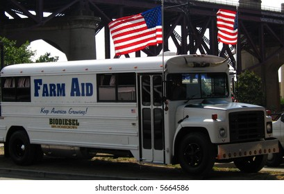 The farm Aid Bus 2007