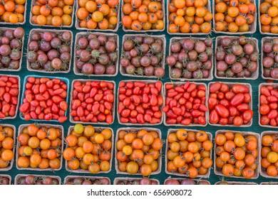 Farm Fresh Tomatoes at the Farmers Market