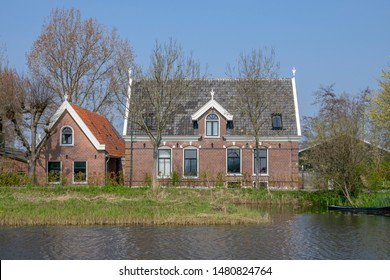 Farmhouse Along The River Gein At Abcoude The Netherlands 2019