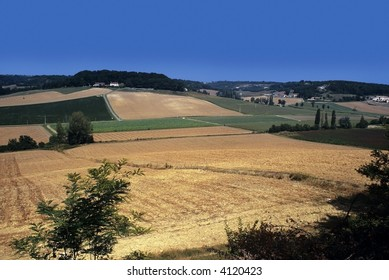 farmland midi pyrenees lot valley near cahors