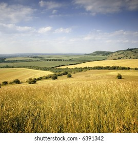 farmland view of the vale of aylesbury from the chilterns buckinghamshire england uk