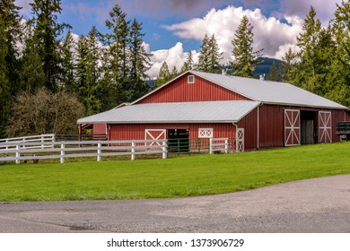 Farms and stalls in the countryside in Washington state.