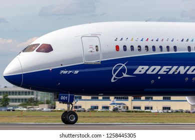 Farnborough, UK - July 18, 2014: Boeing 787-9 Dreamliner commercial airline aircraft N789EX.