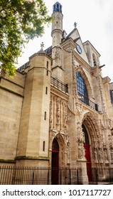 Fasad of the Church of Saint-Merri, in Paris, France.