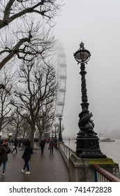 The fascinating atmosphere in London during a foggy day