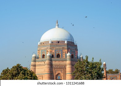 Fascinating Islamic architecture in the historic city of Multan