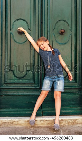 fe8e29b6c Fashion Portrait Cute Little Girl Wearing Stock Photo (Edit Now ...