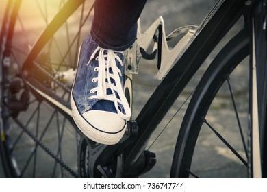 fashion shoe on the urban bike