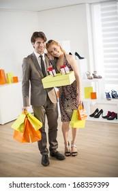 fashion victim do shopping with her boyfriend