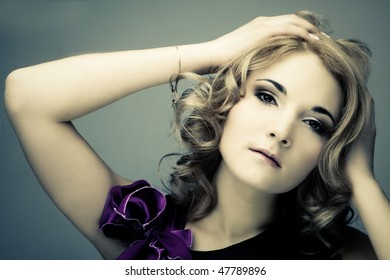 fashion young blond woman portret