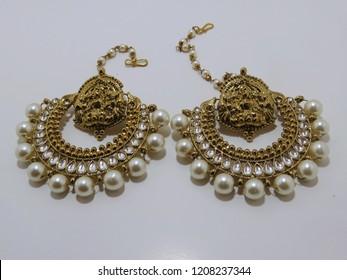 Fashionable Jhumka earrings