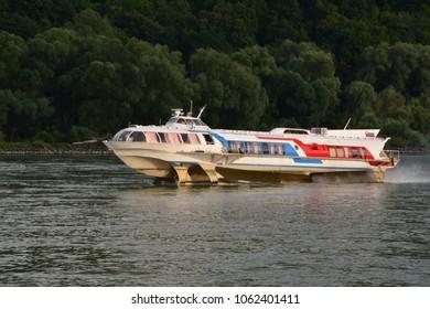 boat hydra foil