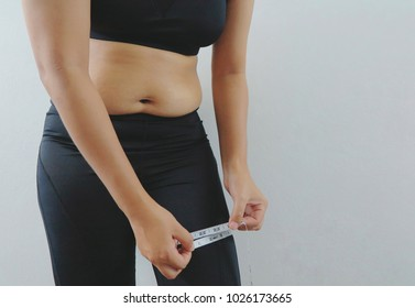 Fat women have fat belly.
