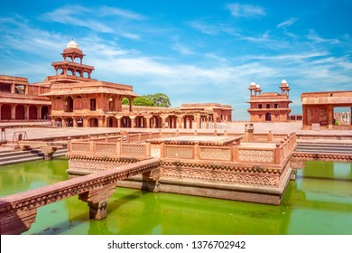 Fatehpur Sikri, the capital of Mughal Empire in 1571