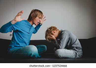father and son conflict, agression, abuse, misunderstanding