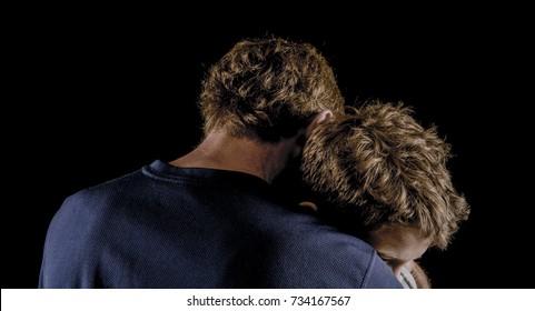 Father, son have emotional hug of reconciliation after argument