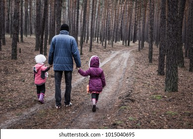 1b45a7b86 Father And Daughter Walking Stock Photos