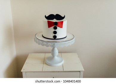Fathers Day mustache and tie cake