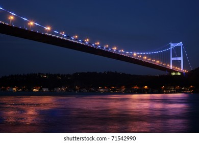 Fatih Sultan Mehmet Bridge at night,in Istanbul,Turkey