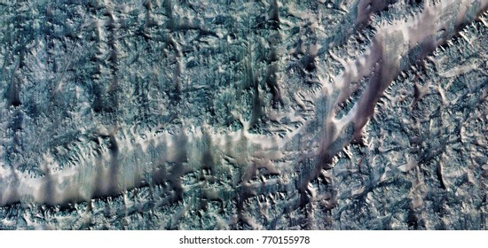 the fault of san andrés, abstract photography of the deserts of Africa from the air, bird's eye view, abstract expressionism, contemporary art, optical illusions,