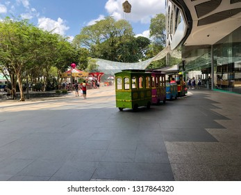 Feb 16/2019 Morning at Singapura Plaza, Singapore
