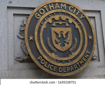 Februar 2015, New York CIty, America: Gotham City police department sign. Movie set in New York