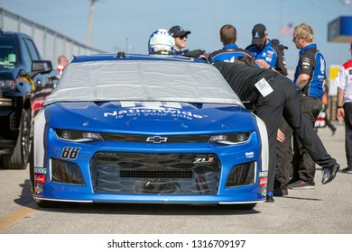 February 08, 2019 - Daytona Beach, Florida, USA: Alex Bowman (88) takes to the track for the Daytona 500 at Daytona International Speedway in Daytona Beach, Florida.